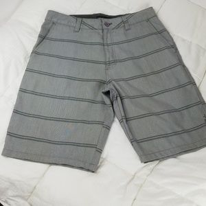 $18 * O'NEILL ▪ Walk Shorts, gray/black, EUC